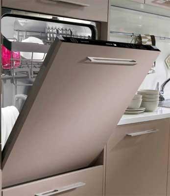 Lave-vaisselle intégrable avec poignée